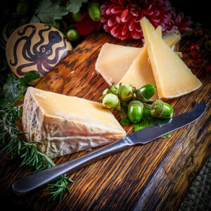 Butter Cured Spanish Sheep Cheese (250g)